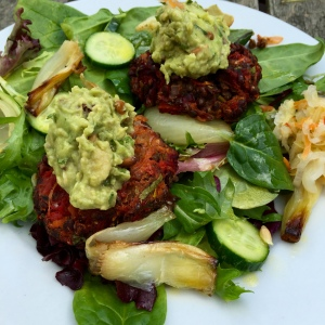 Lentil vegetable patty with guacamole